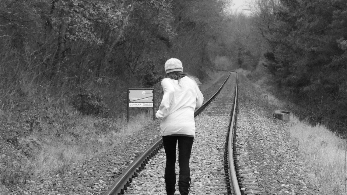 Inkompetenz: 7 Anzeichen, dass man vor einer Person davonlaufen soll